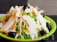 Рецепта Салата с китайско зеле, круши и шунка